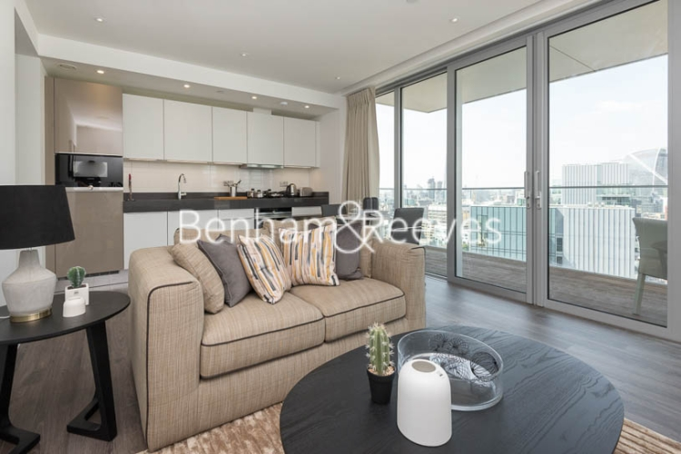1 bedroom(s) flat to rent in Chaucer Garden, Aldgate East, E1-image 1