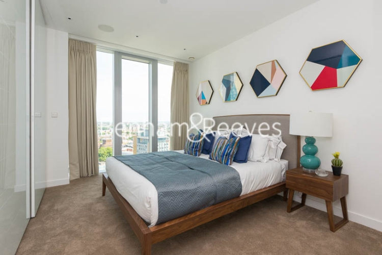 1 bedroom(s) flat to rent in Chaucer Garden, Aldgate East, E1-image 3