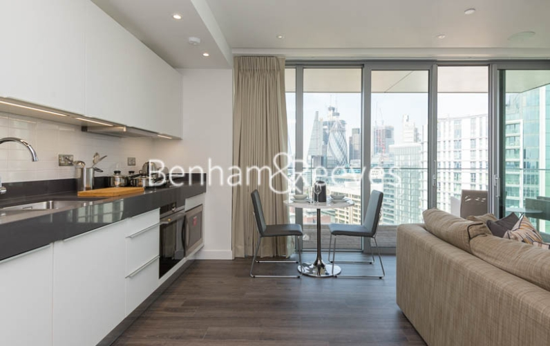 1 bedroom(s) flat to rent in Chaucer Garden, Aldgate East, E1-image 16
