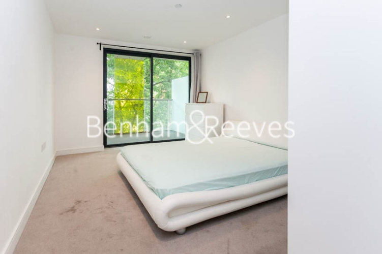 2 bedroom(s) flat to rent in Commercial Street, Aldgate, E1-image 3