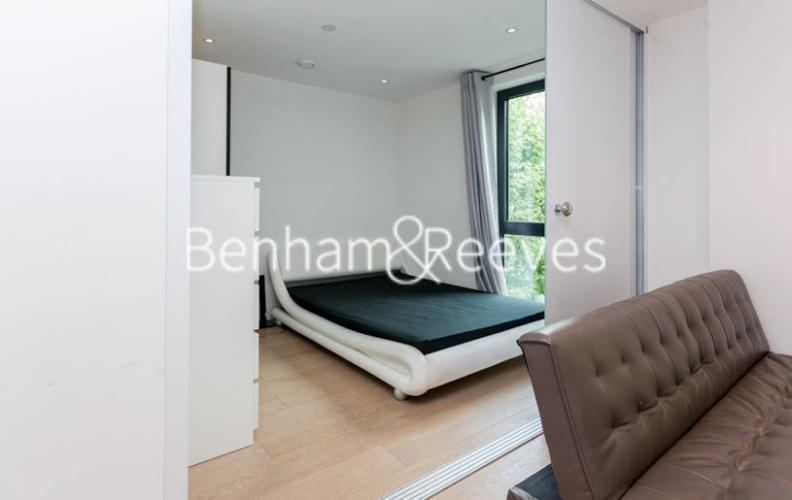 2 bedroom(s) flat to rent in Commercial Street, Aldgate, E1-image 12