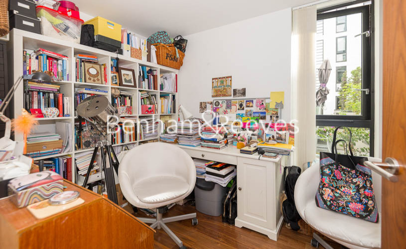 3 bedroom(s) flat to rent in Westland Place, Old Street, N1-image 13