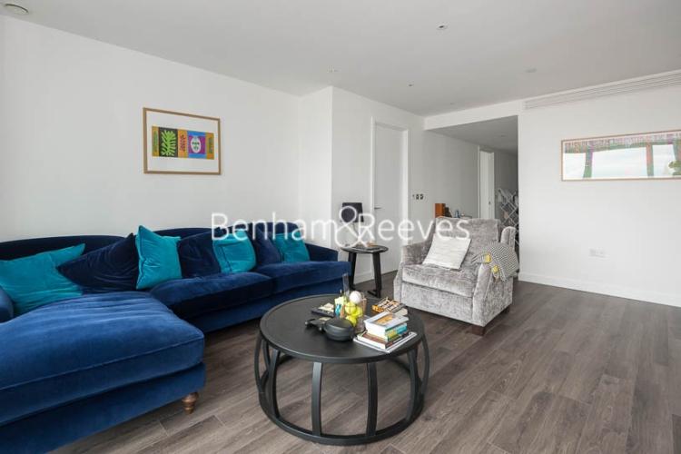 3 bedroom(s) flat to rent in Alie Street, Aldgate East, E1-image 1