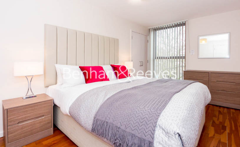 2 bedroom(s) flat to rent in Waterloo Road, Southwark, SE1-image 3
