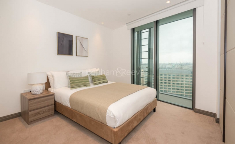 3 bedroom(s) flat to rent in One Blackfriars, Wapping, SE1-image 9