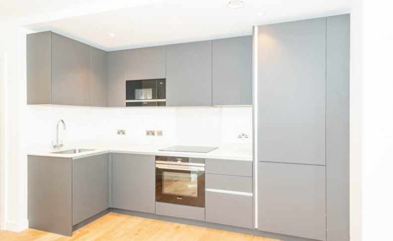 2 bedroom(s) flat to rent in Luxe Tower, Ordnance, Dock Street, E1-image 2