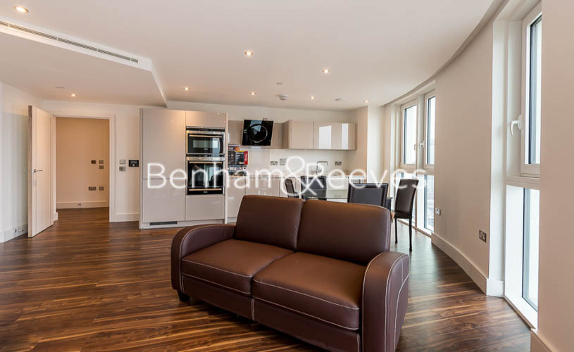 1 bedroom(s) flat to rent in Altitude Point, Alie Street, Aldgate East, E1-image 5