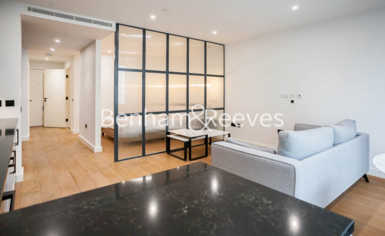 1 bedroom(s) flat to rent in Emery Wharf, London Dock, Wapping, E1W-image 1