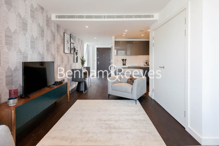 Studio flat to rent in Lavender Place, Royal Mint Gardens, E1-image 1