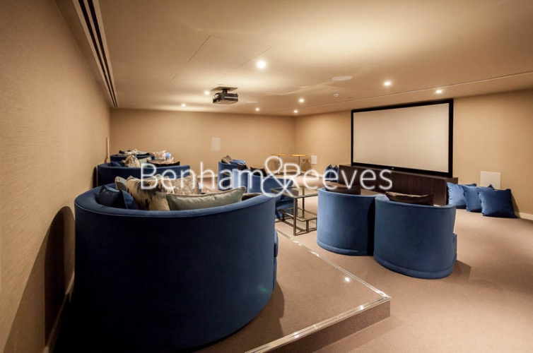 Studio flat to rent in Lavender Place, Royal Mint Gardens, E1-image 6