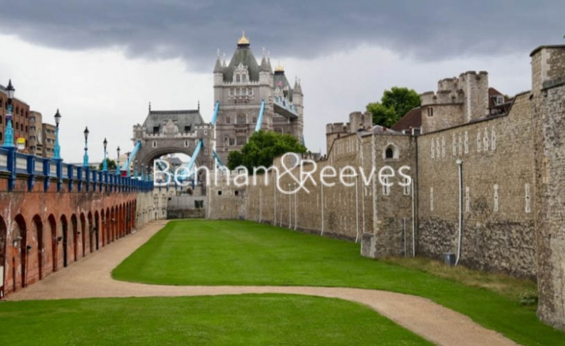 Studio flat to rent in Lavender Place, Royal Mint Gardens, E1-image 17