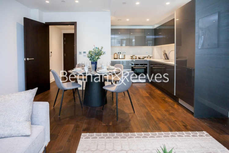 1 bedroom(s) flat to rent in Lavender Place, Royal Mint Gardens, E1-image 2