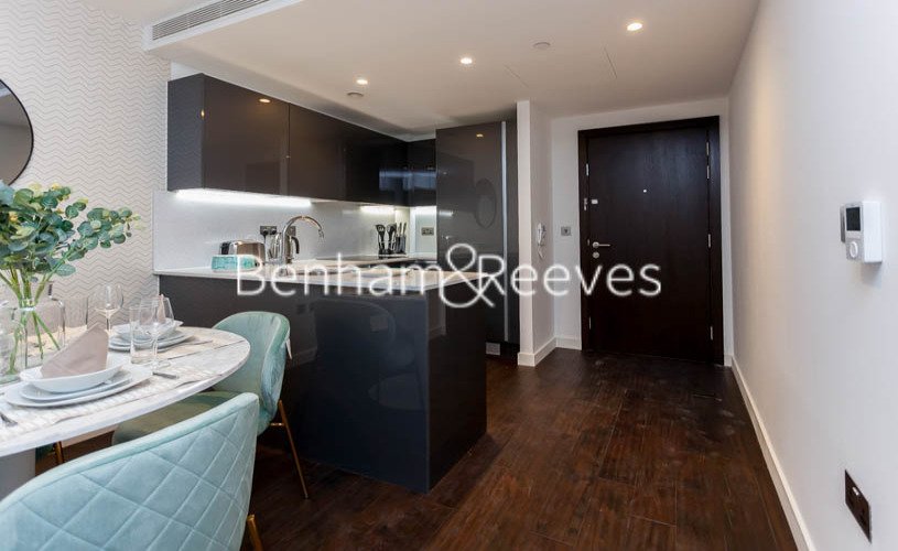 1 bedroom(s) flat to rent in Lavender Place, Royal Mint Gardens, Tower Hill, E1-image 2