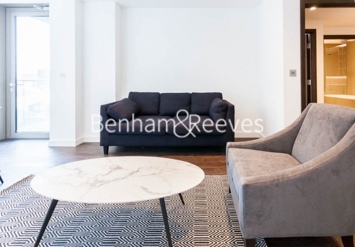 1 bedroom(s) flat to rent in Rosemary Building, Royal Mint Gardens, E1-image 1