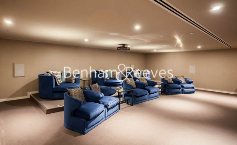 2 bedroom(s) flat to rent in Rosemary Place, Royal Mint Gardens, E1-image 7