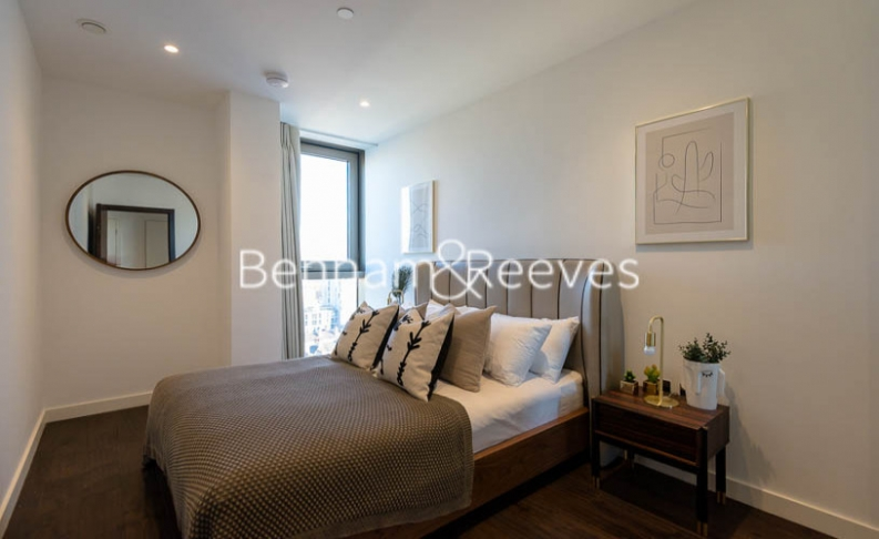 3 bedroom(s) flat to rent in Rosemary Building, Royal Mint Gardens, E1-image 4