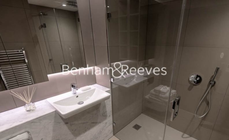3 bedroom(s) flat to rent in Rosemary Building, Royal Mint Gardens, E1-image 6