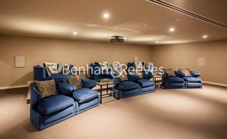 3 bedroom(s) flat to rent in Rosemary Building, Royal Mint Gardens, E1-image 9
