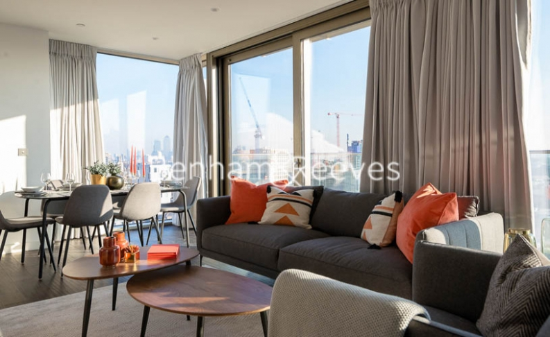 3 bedroom(s) flat to rent in Rosemary Building, Royal Mint Gardens, E1-image 17