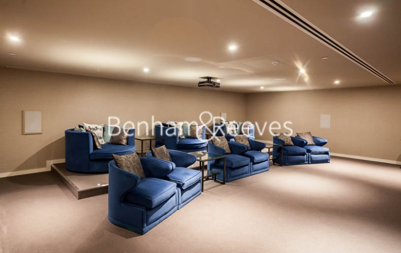 2 bedroom(s) flat to rent in Rosemary Building, Royal Mint Gardens, E1-image 7