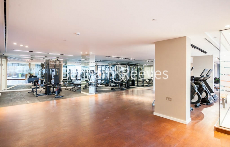 Studio flat to rent in Rosemary Building, Royal Mint Gardens, E1-image 6