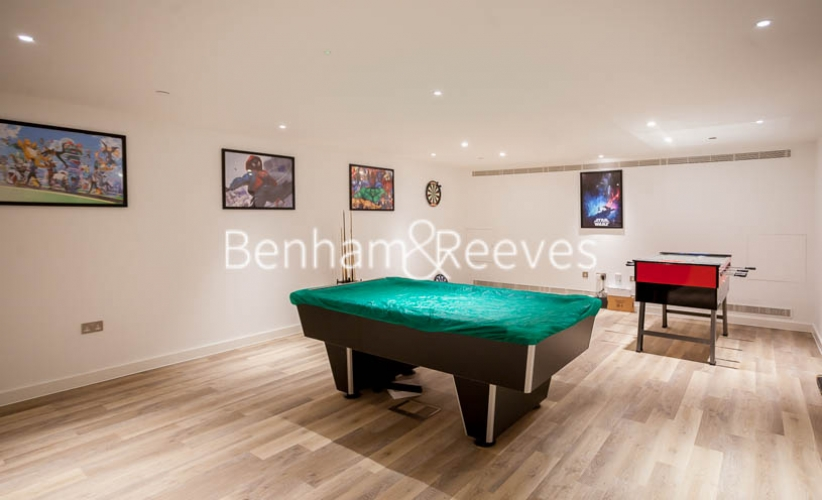 Studio flat to rent in Rosemary Building, Royal Mint Gardens, E1-image 8