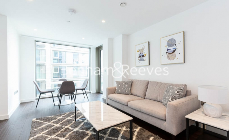 1 bedroom(s) flat to rent in Rosemary Place, Royal Mint, E1-image 1