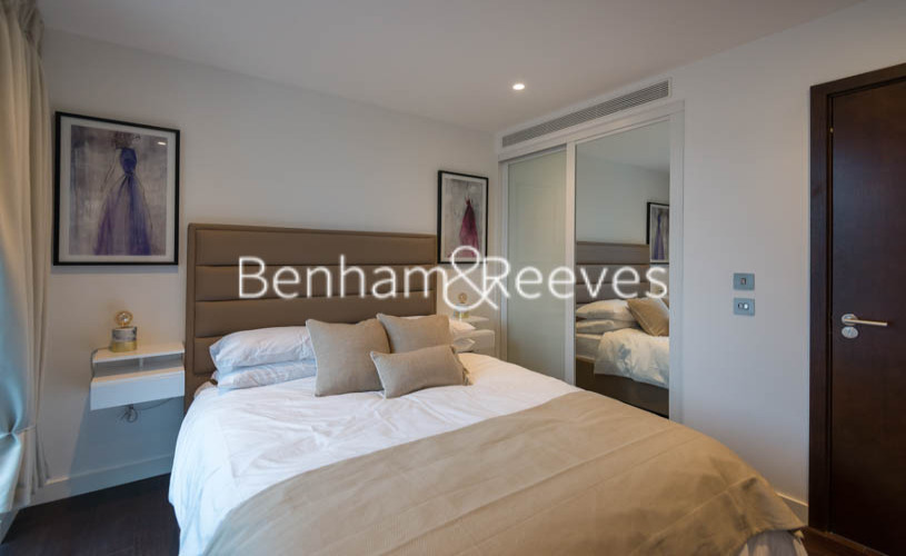 1 bedroom(s) flat to rent in Rosemary Building, Royal Mint Gardens, E1-image 3