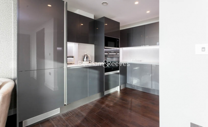 2 bedroom(s) flat to rent in Lavender Building, Royal Mint Gardens, Tower Hill, E1-image 3