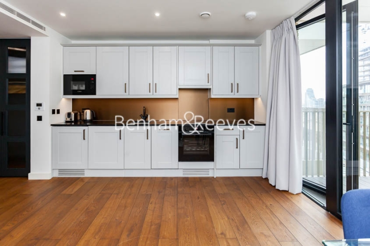 1 bedroom(s) flat to rent in Emery Wharf, Wapping, E1W-image 2