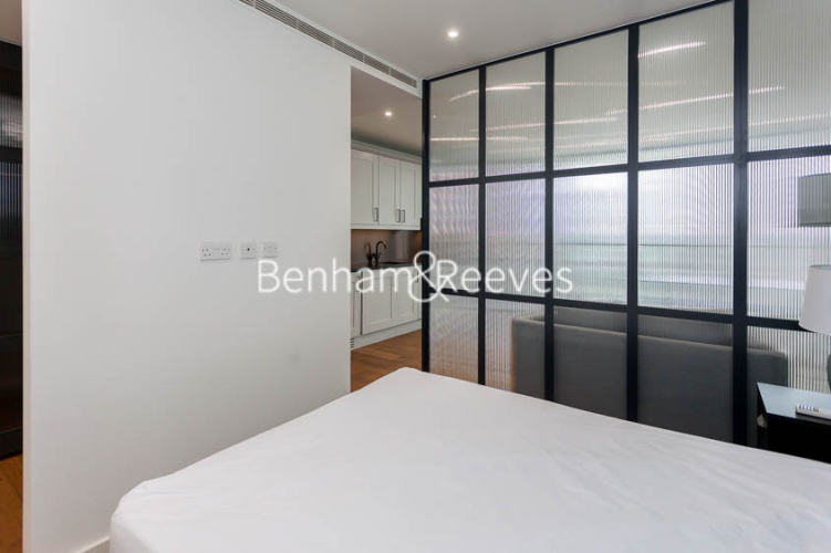 1 bedroom(s) flat to rent in Emery Wharf, Wapping, E1W-image 8