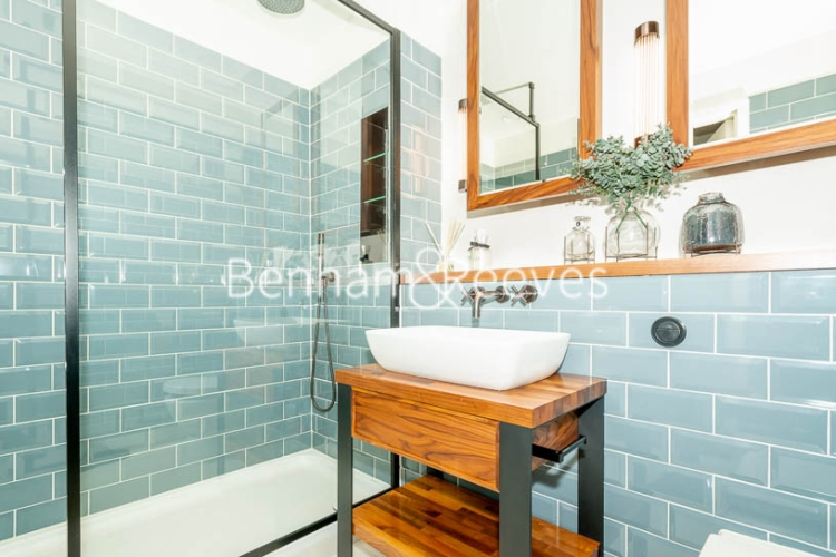 1 bedroom(s) flat to rent in Emery Way, Wapping, E1W-image 4