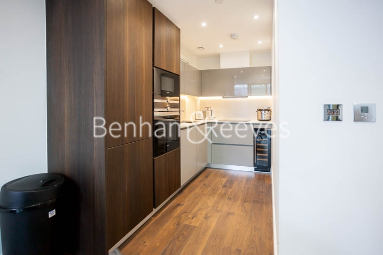 1 bedroom(s) flat to rent in Satin House, Goodmans Fields, Canter Way, E1-image 6