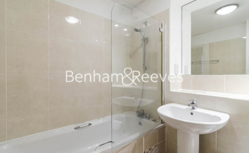 1 bedroom(s) flat to rent in Marlyn Lodge, Portsoken Street, E1-image 5