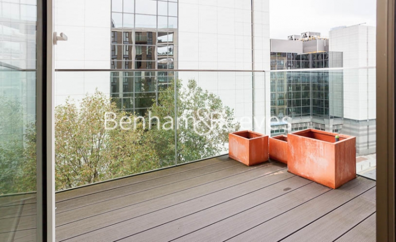 2 bedroom(s) flat to rent in Admiralty House, London Dock, Vaughan Way, E1W-image 5