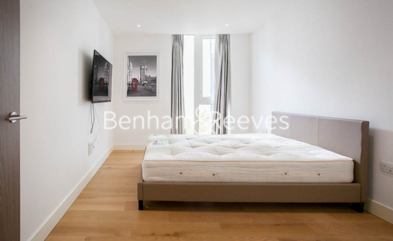 2 bedroom(s) flat to rent in Admiralty House, London Dock, Vaughan Way, E1W-image 8