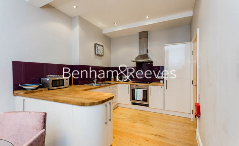 2 bedroom(s) flat to rent in The Wexner Building, Middlesex Street, Spitalfields, E1-image 2