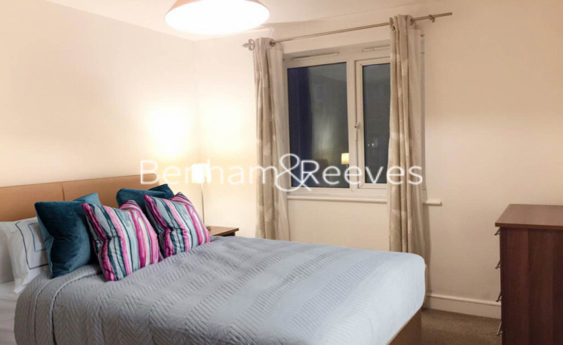 1 bedroom(s) flat to rent in Morton Close, Shadwell, E1-image 6