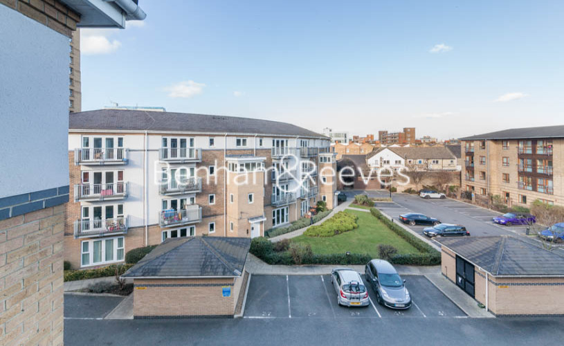 1 bedroom(s) flat to rent in Morton Close, Shadwell, E1-image 8