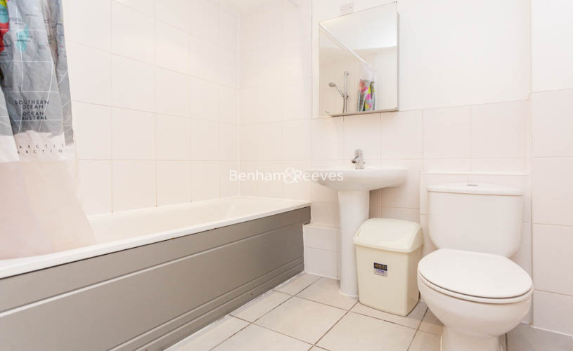2 bedroom(s) flat to rent in Buckfast Street, Bethnal Green, E2-image 7