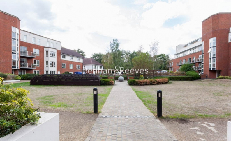 1 bedroom(s) flat to rent in Hillcrest Road, South Woodford, E18-image 6