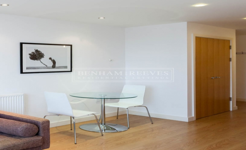 Studio flat to rent in Silkworks, Lewisham, SE13-image 3