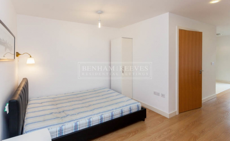 Studio flat to rent in Silkworks, Lewisham, SE13-image 5