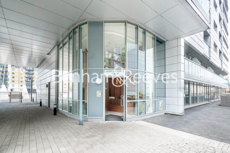 1 bedroom(s) flat to rent in Admirals Tower, Greenwich, SE10-image 10
