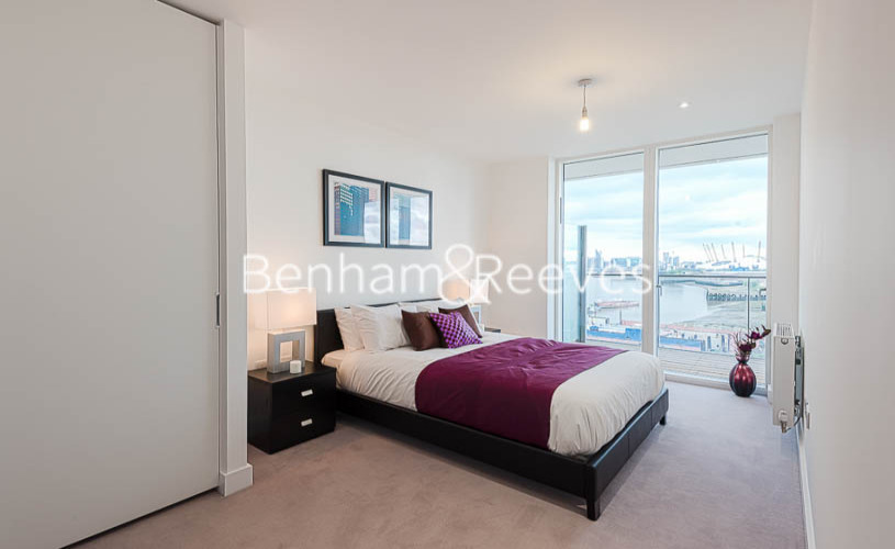 2 bedroom(s) flat to rent in River Gardens Walk, Greenwich, SE10-image 3