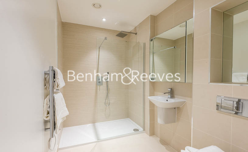 2 bedroom(s) flat to rent in River Gardens Walk, Greenwich, SE10-image 5
