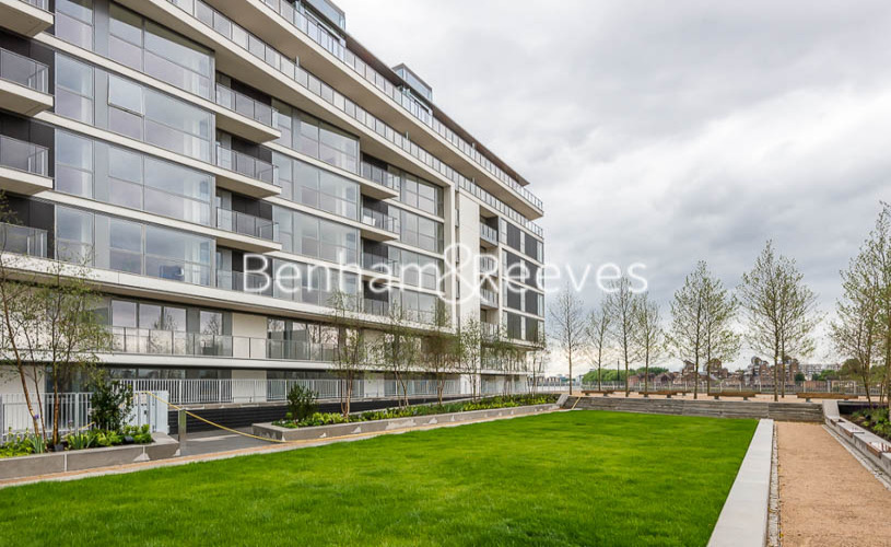 2 bedroom(s) flat to rent in River Gardens Walk, Greenwich, SE10-image 9