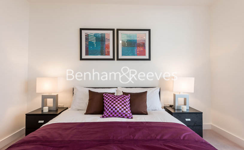 2 bedroom(s) flat to rent in River Gardens Walk, Greenwich, SE10-image 12