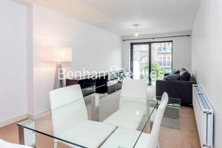 1 bedroom(s) flat to rent in Fairmont house, Canada Water, SE16-image 1