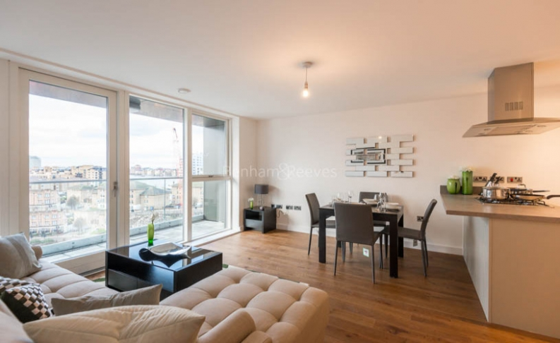 2 bedroom(s) flat to rent in Babbage Point, Surrey Quays, SE10-image 2